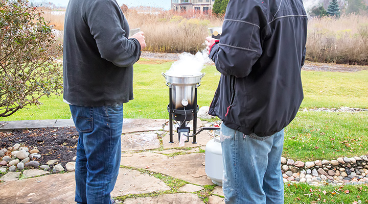 deep frying turkey